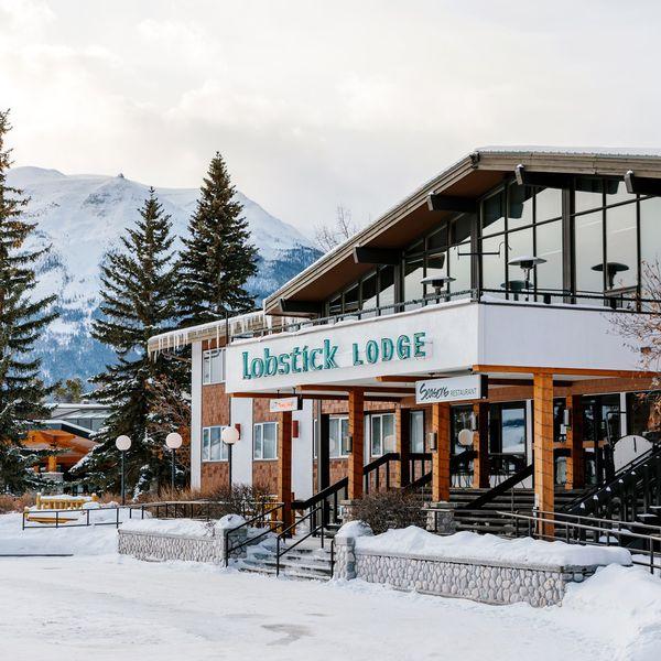 Lobstick Lodge Jasper Winter - entreee