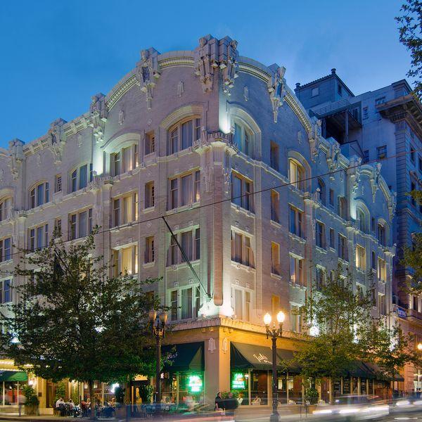 Sentinel Hotel - Exterior