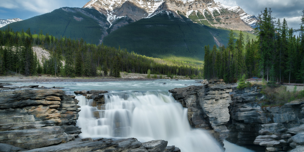 Athabasca Falls langs de Icefields Parkway