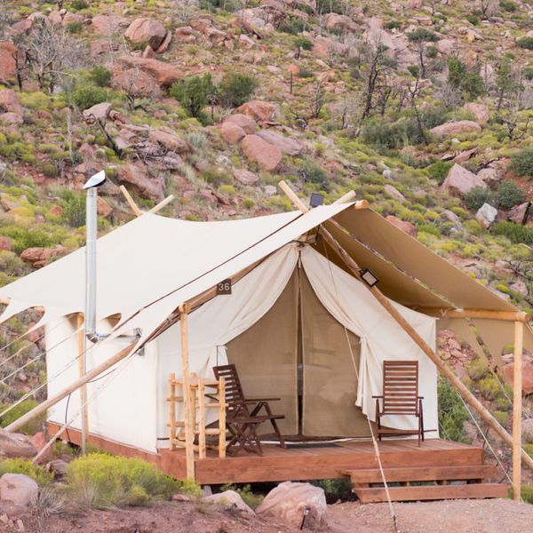 Under Canvas Zion - dlx 1