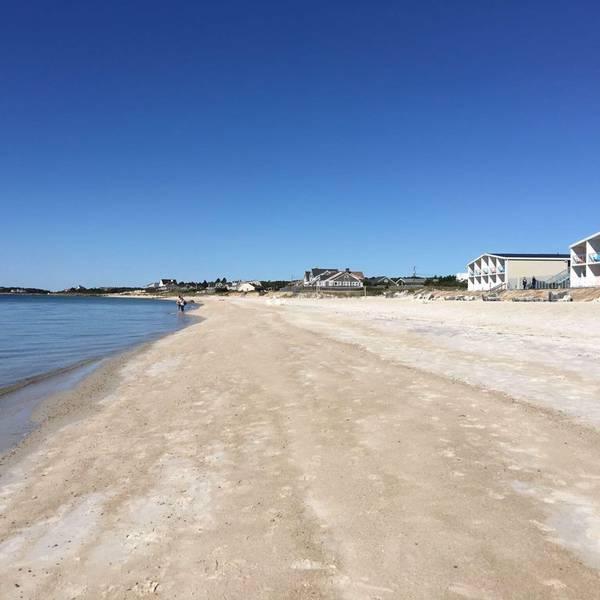 Sea Crest Oceanfront Resort - Beach