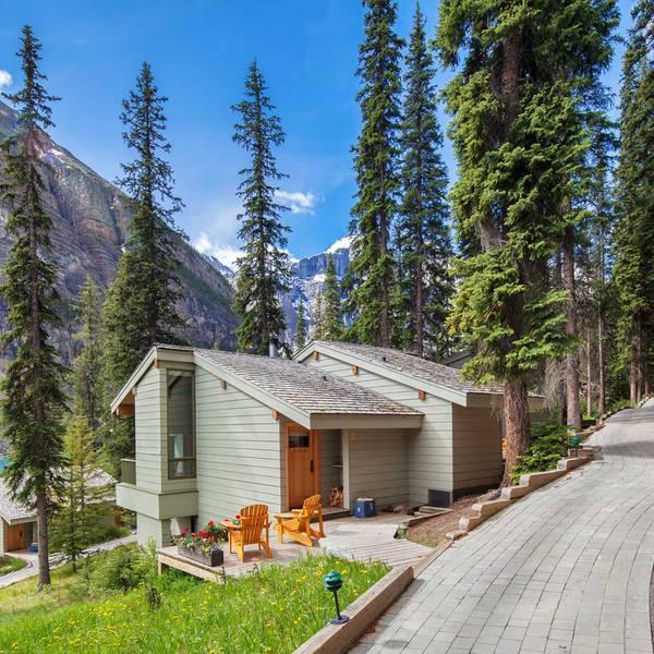 Moraine Lake Lodge - 14