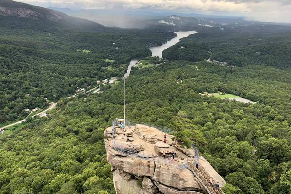 Chimney Rock - Great Smokey Mountains National Park - Tennessee - Amerika - Doets Reizen