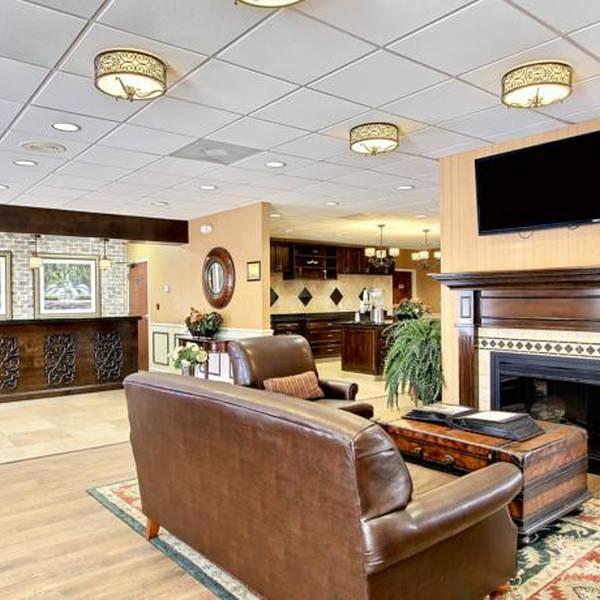 BW Plus Savannah Historic District - lobby