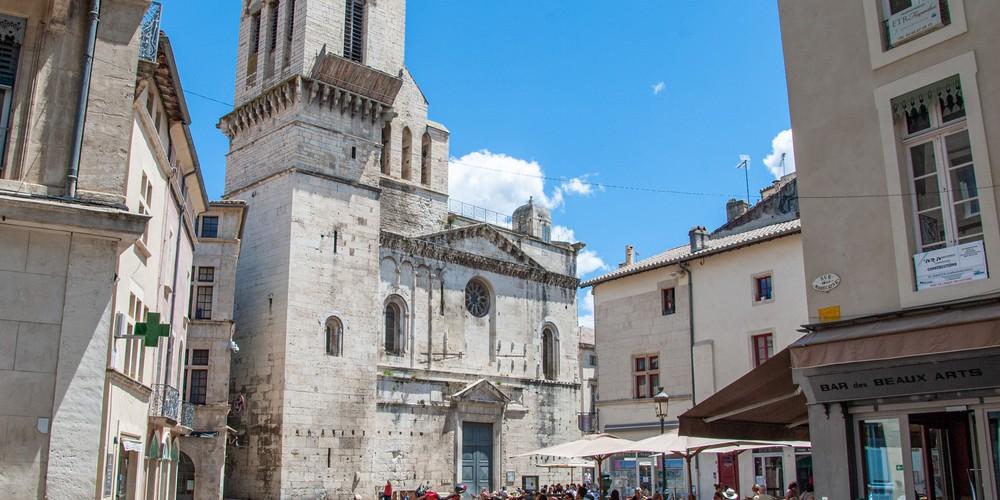 Marche Nîmes crédit photos Office de Tourisme Nîmes - Doets Reizen Frankrijk
