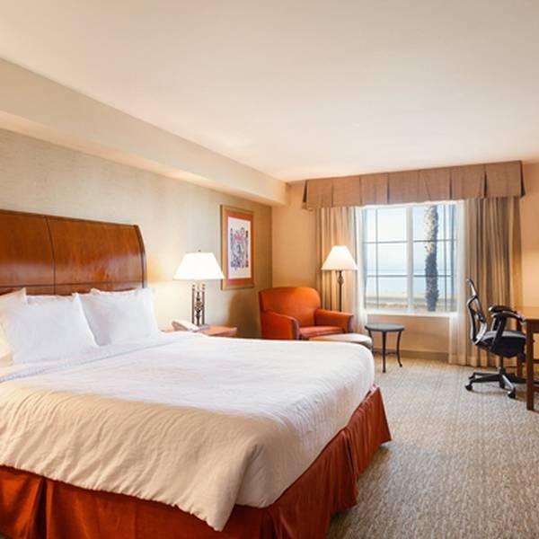 Hilton Garden Inn Carlsbad - room
