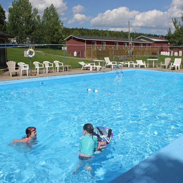 Clode Sound Motel & Restaurant- Pool