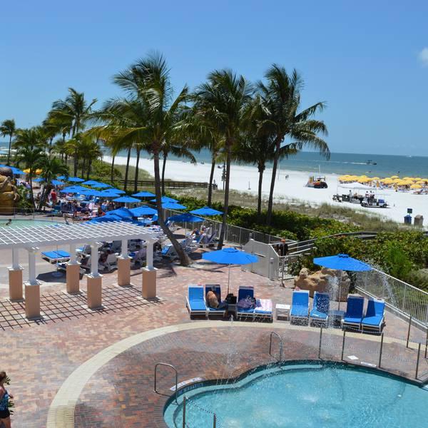 Pink Shell Beach Resort - zwembad