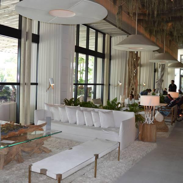 1 hotel South Beach - lobby