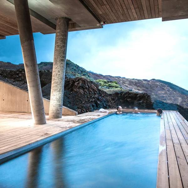 ION Luxury Hotel - pool