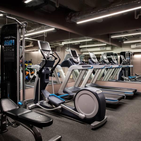 Talbott Hotel - gym