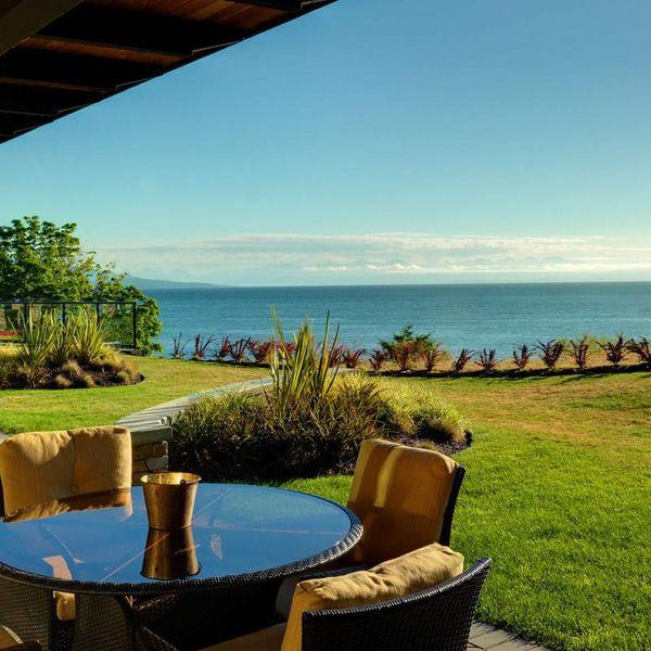 Sunrise Ridge Waterfront Resort 2