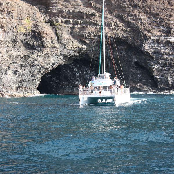 Catamaran Tour - Napali Coast - Kauai - Hawaii - Doets Reizen