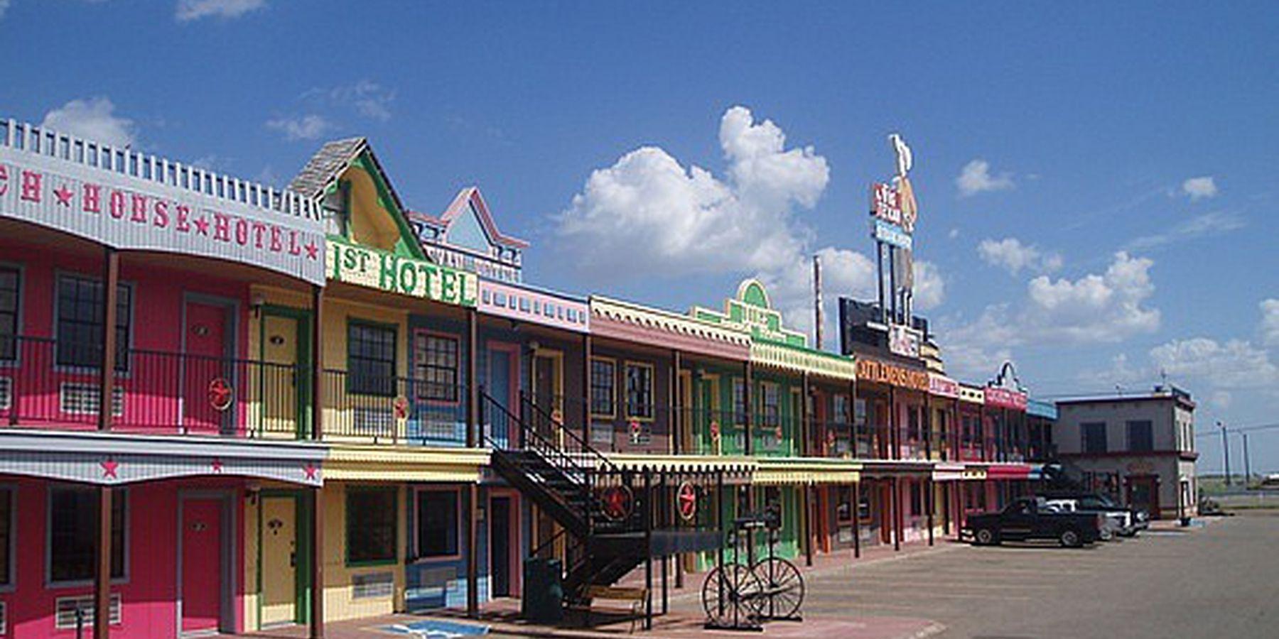 Big Texan Motel - exterior