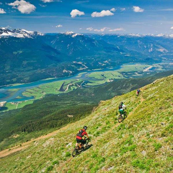 Sutton Place Revelstoke - omgeving
