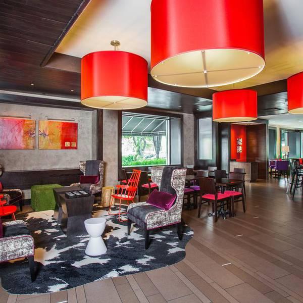 Hotel Derek - restaurants
