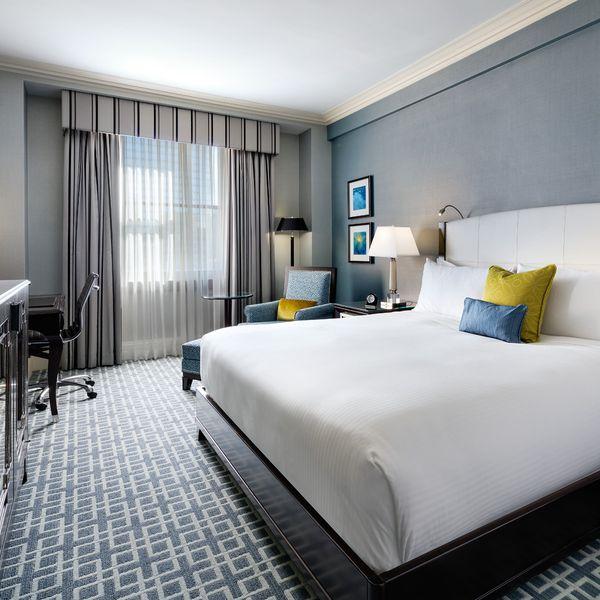 Fairmont Royal York Hotel Toronto - luxury room