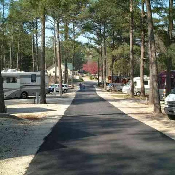 Atlanta South RV Resort - campingplaatsen