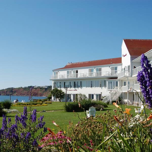 Hotel la Normandie exterior