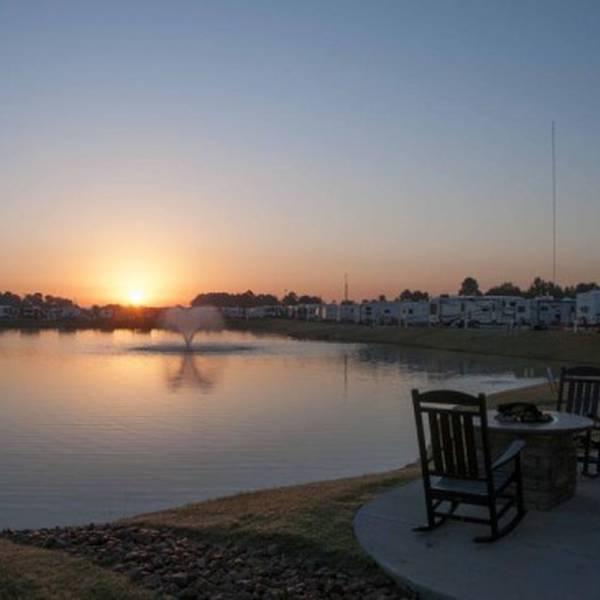 Fallbrook RV Resort - campingplaats