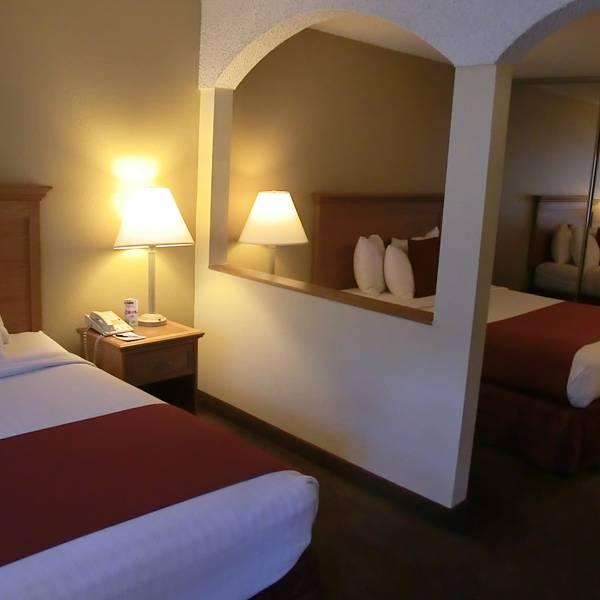 Mardit Gras Hotel & Casino