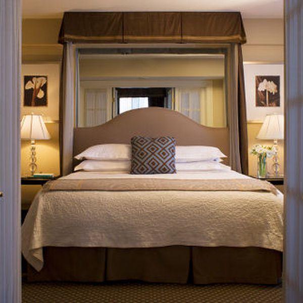 Eliot Apartments - Interior 2
