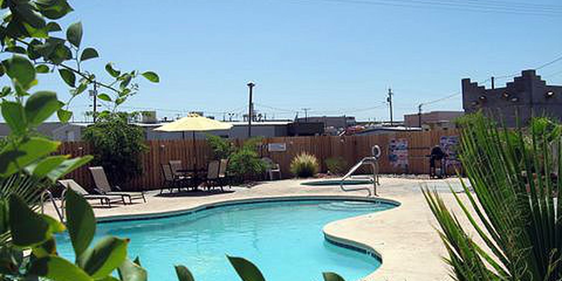 Campbell Cove RV resort pool