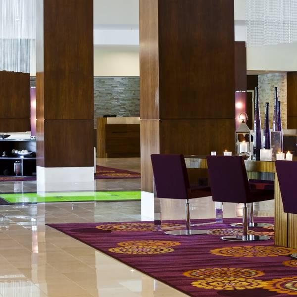 Renaissance Palm Springs - lobby 2