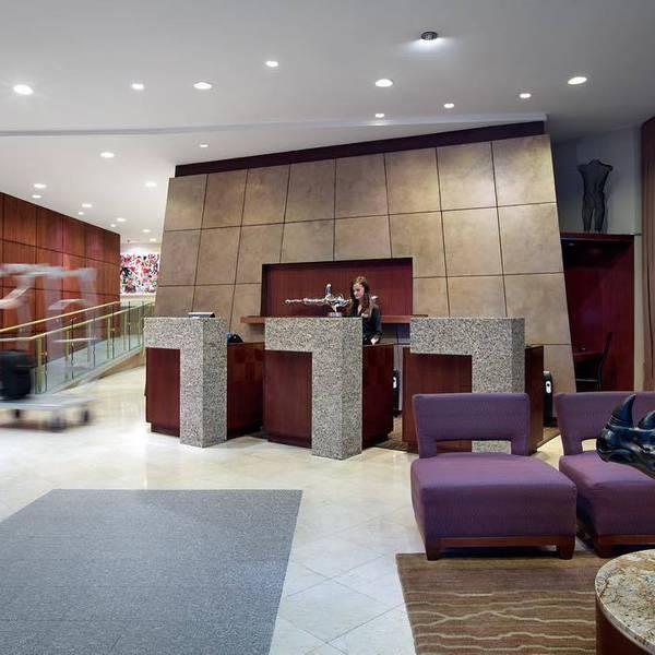 Listel Hotel - lobby