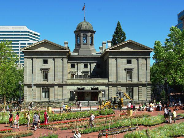 Pioneer Court House - Portland - Oregon - Doets Reizen