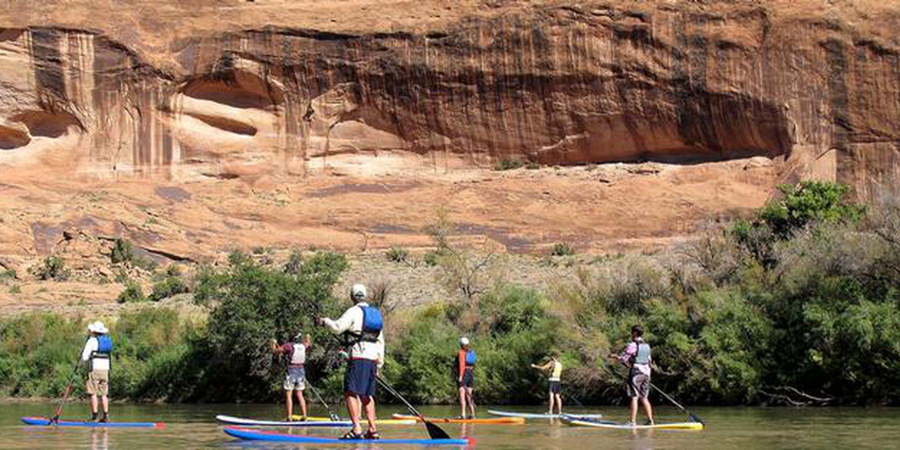 Stand up peddelen in Moab, Utah