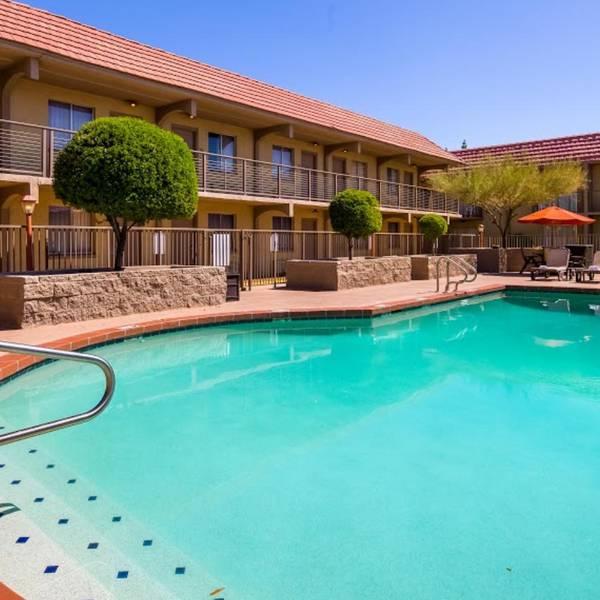 Best Western Airport Inn Phoenix, buitenzwembad