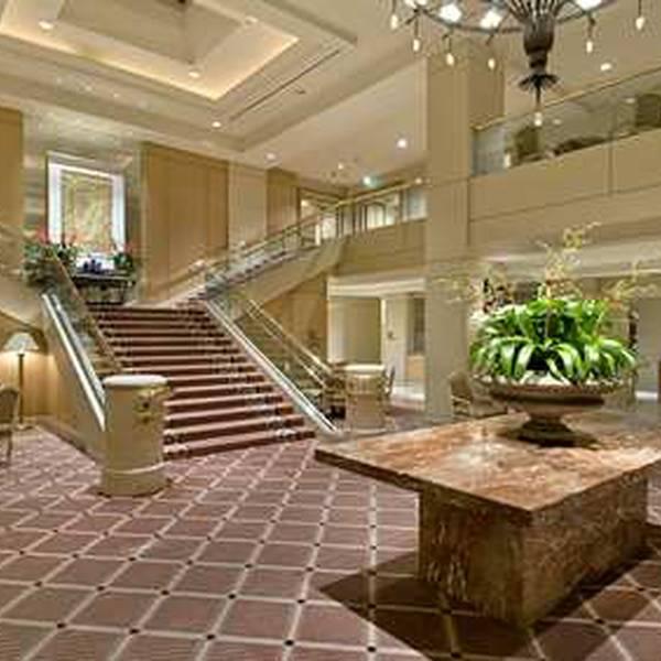 Hilton Los Angeles Airport - lobby