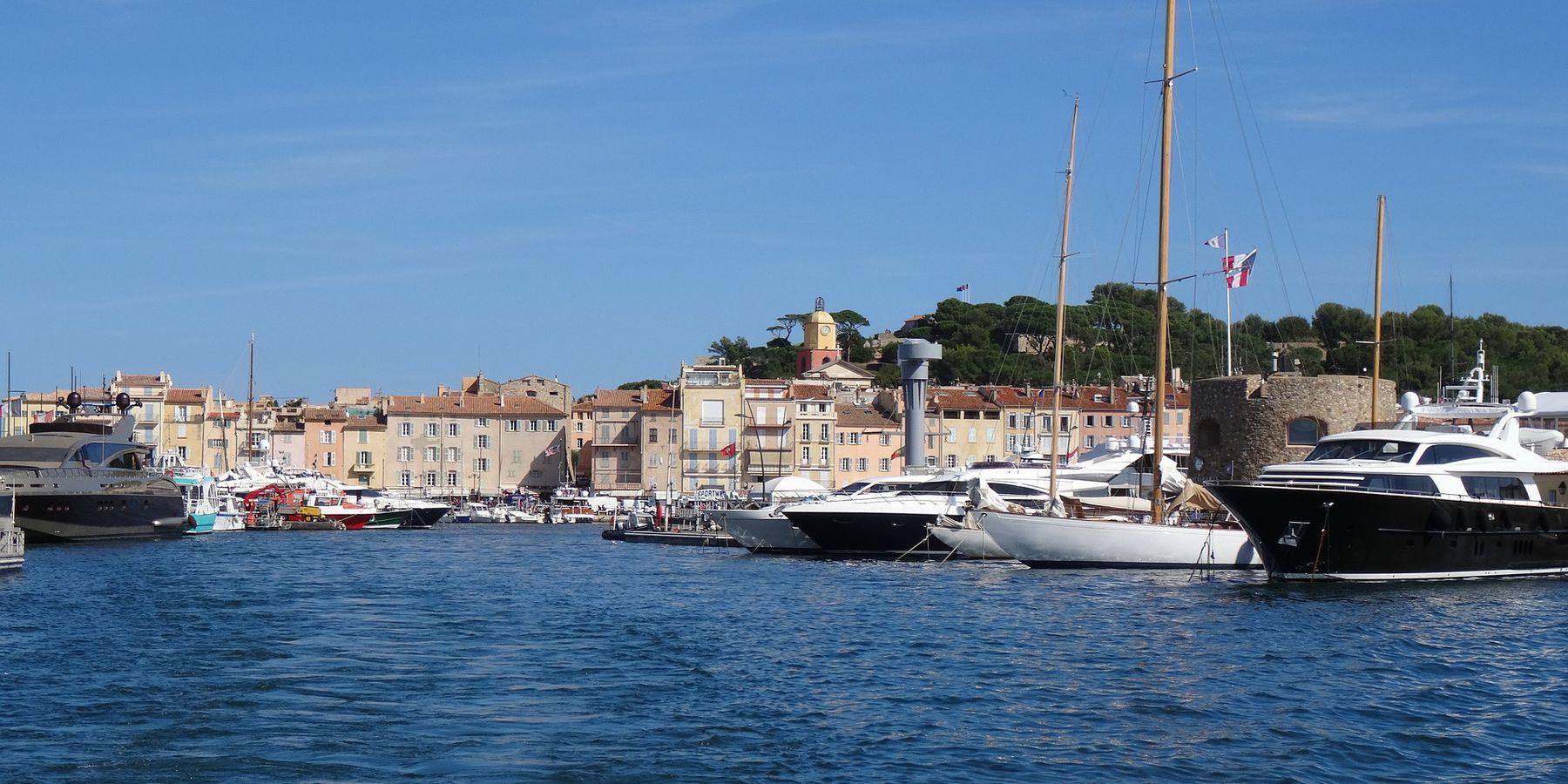 Jachthaven Saint Tropez Doets Reizen abeelding van Emma Blowers via Pixabay   Frankrijk