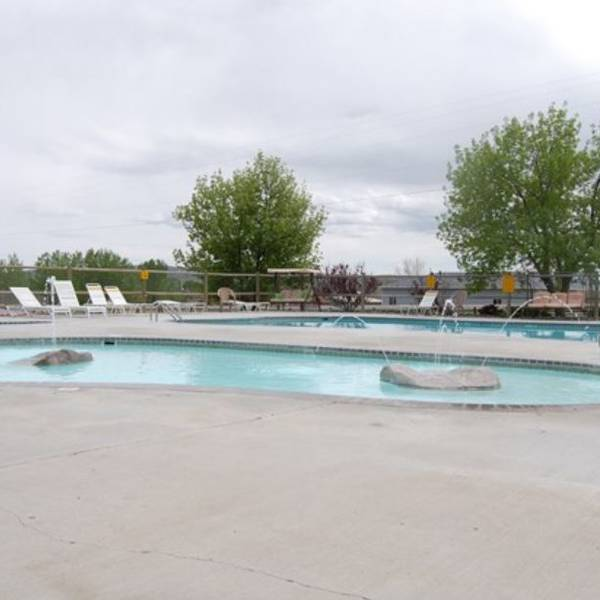 Cody Koa Holiday Pool.JPG