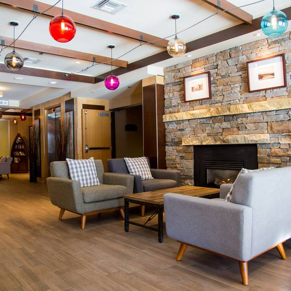 Banff Inn - lobby