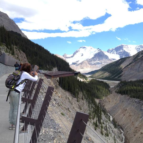 Icefields Parkway Glacier Skywalk