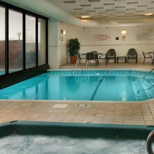 Drury Inn & Suites Atlanta Airport - pool