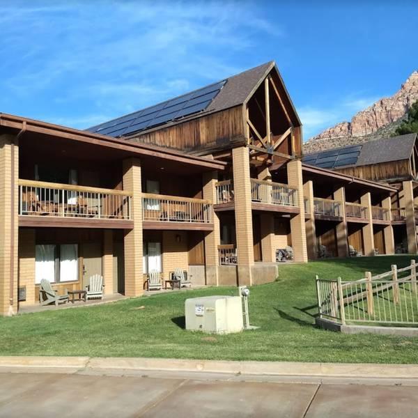 Driftwood Lodge - 4