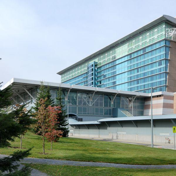 Fairmont Vancouver Airport - Exterior