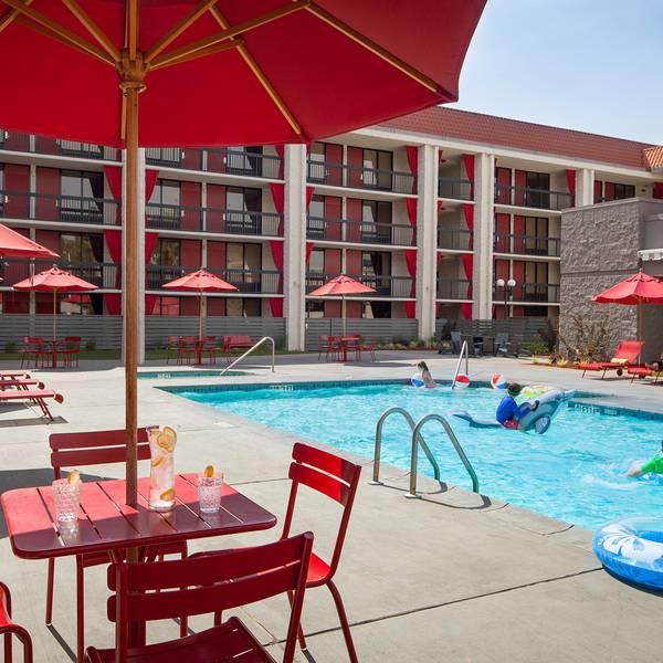Avatar Hotel - pool