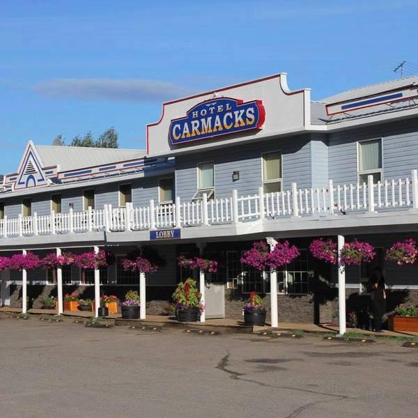 Carmacks Hotel - 1