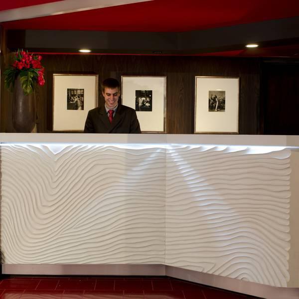 Hotel Rouge - lobby1