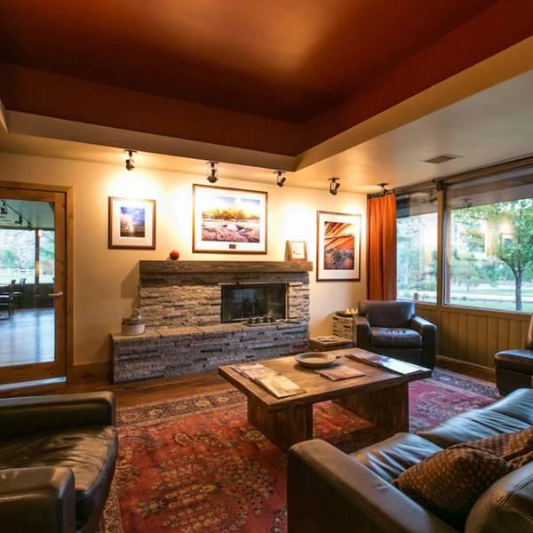 Driftwood Lodge - 3