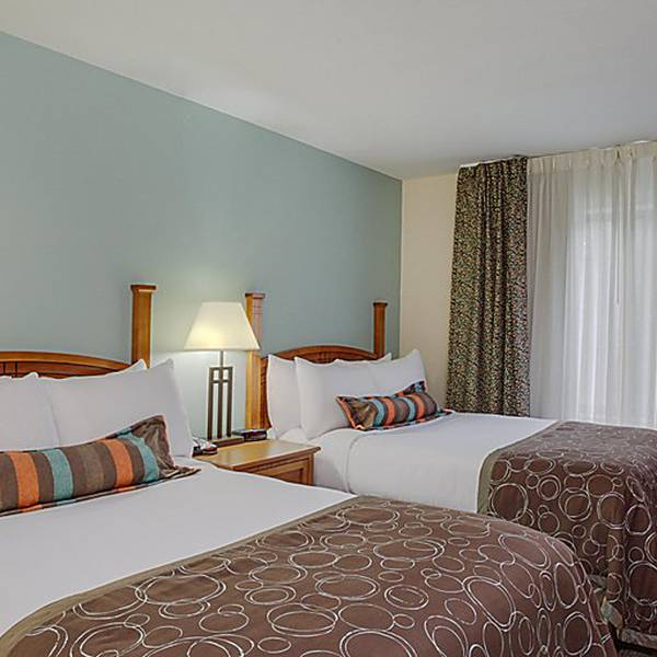 StayBridge - Room