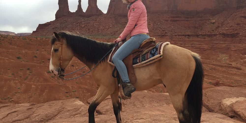 horsebackriding Monument Valley Utah