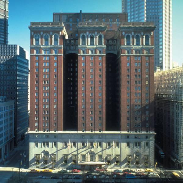 Omni William Penn Hotel - aanzicht