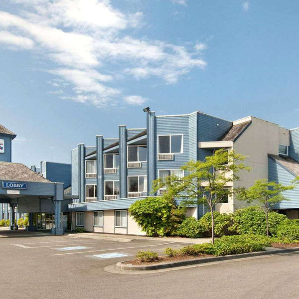 Travelodge Parksville - 6