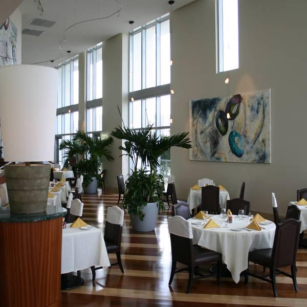 Marenas Resort - restaurant