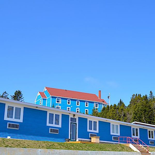 Anchor Inn Hotel & Suites